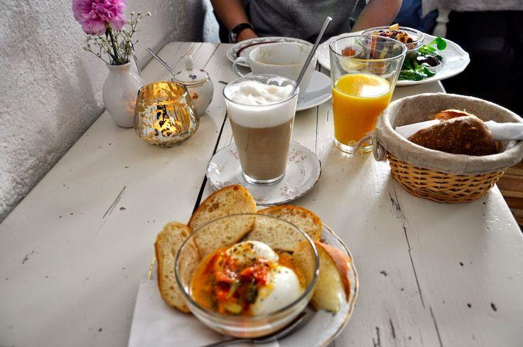 Fräulein Anker: Dresden - Neustadt: Frühstück im Café Sperling