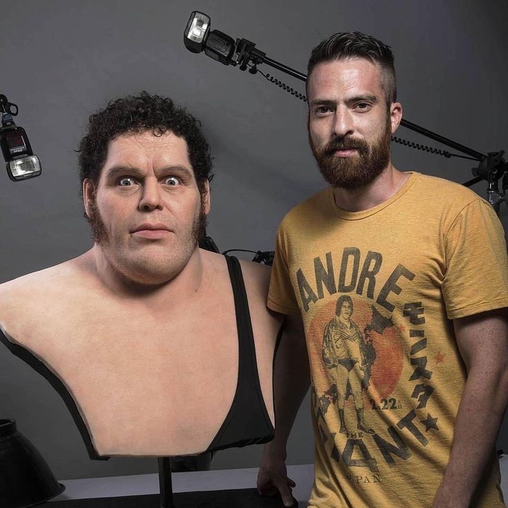 Andre the Giant sculpture by @trenttaftsculpture ・・・ To give you a better idea of the scale of this piece.  Here I am with Andre. #sculpture, #andrethegiant, #wwf, #wwe, #art, #portrait, #lifesizebust