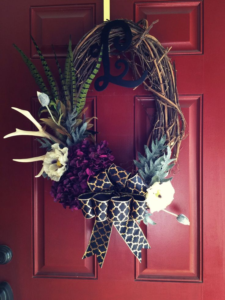 Fall wreath with antler holiday decor pinterest see for Antler christmas wreath