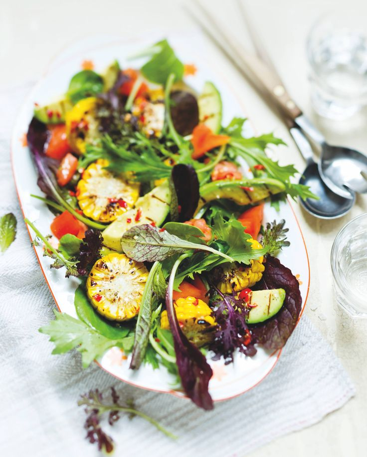 Wildkräutersalat mit Grillgemüse