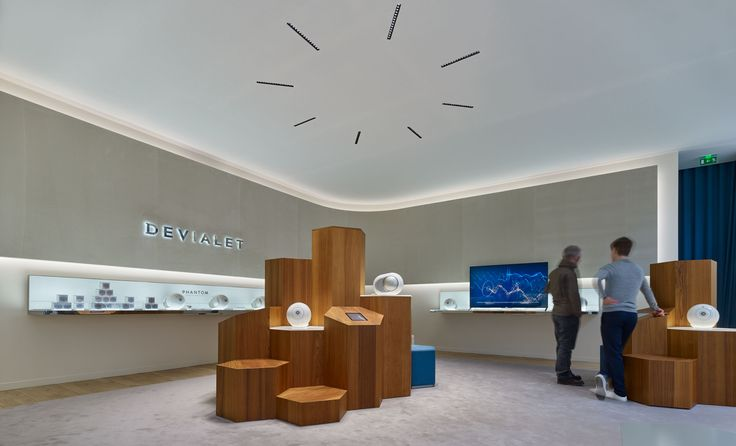 Boutique Devialet - Paris, France - Architectural project: Emmanuel Fenasse Lighting  products: iGuzzini illuminazione  - Photo: Didier Boy De La Tour #iGuzzini #Lighting #Light #Luce #Lumière #Licht #Retail #Store #Boutiques #Luxury #Paris #LaserBlade #Underscore