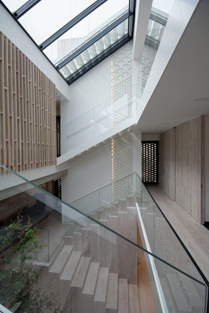 Gallery Of Single Family House   Tolstoi Str. / Outline Architecture Office    35