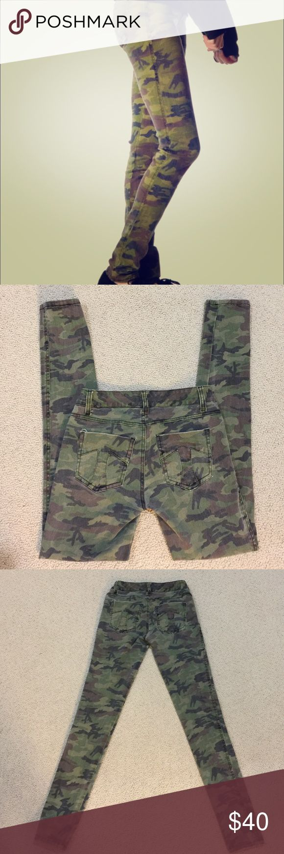 TRIPP NYC Camo skinnies size 26 Gently worn , size 26/3 inseam is 32 inches, skull stud design, Tripp nyc Pants Skinny