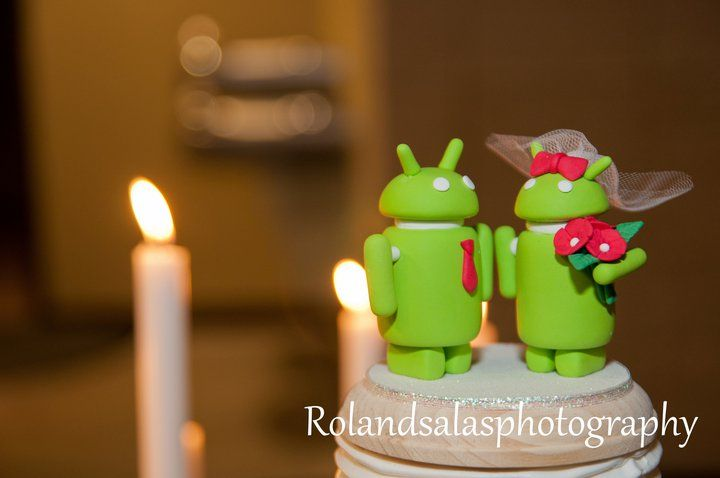 androids wedding cake topper