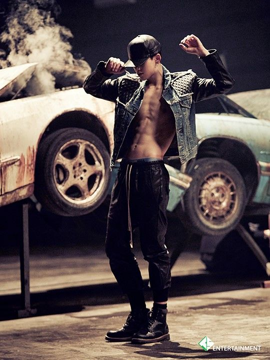 [STARCAST] B.A.P's Zelo came back with abs! I'm fangirling over here! I might die!