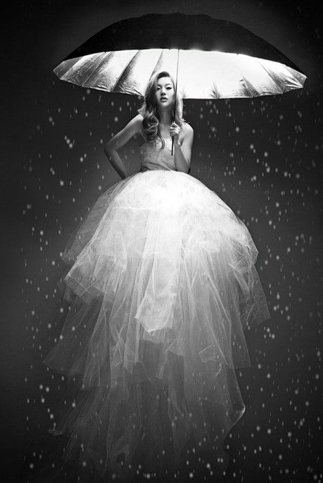 *Lights, Wedding Dressses, Mary Poppins, Umbrellas, Dresses, Black White, Fashion Photography, Jelly Fish, Jellyfish