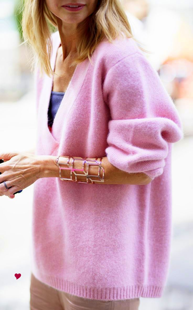 Get the best deals on pink cashmere sweater and save up to 70% off at Poshmark now! Whatever you're shopping for, we've got it.