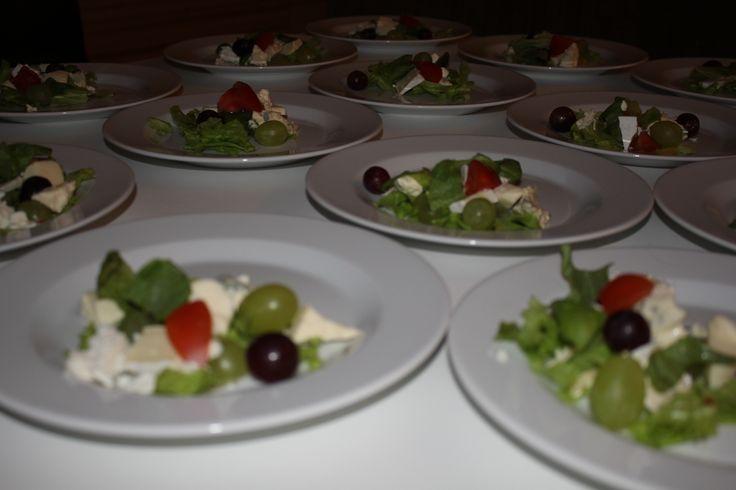 Ruokalaji 1. Juustosalaatti