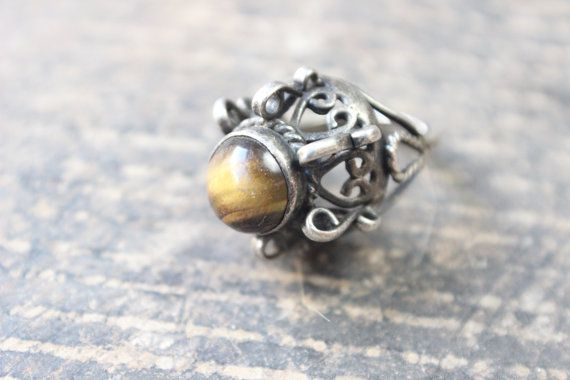 1970's RING / Sterling Silver Tigers Eye por SouthwestVintage, $53.50