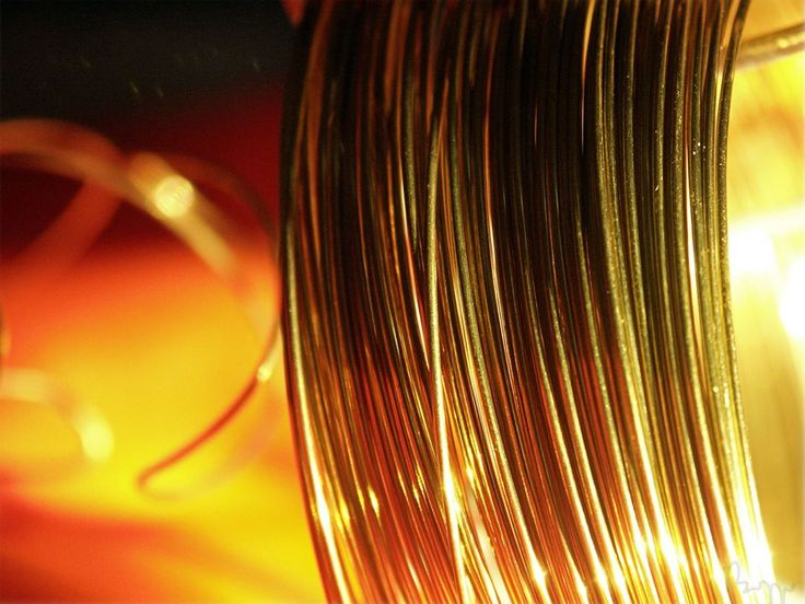 LB0077 Welding wire leo_closeup #wire #welding #closeups #closeupshot #copper