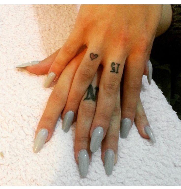 #ricostruzione unghie #nails #grey #mandorla