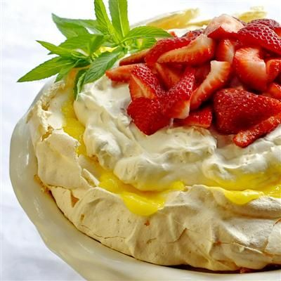 Lemon Strawberry Pavlova - I have been craving something lemon lately ans this would fit the bill so well. Lemon and strawberry is a terrific combo!