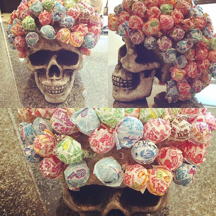 Creative #Halloween lollipop display by Emily Morrissings.  #GeekHour #TrickorTreat