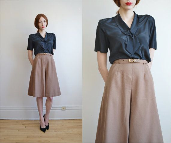 17 Best ideas about Box Pleat Skirt on Pinterest | Pleated skirt ...