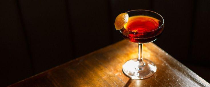 Ωραίο το Martini και το Old Fashioned. Μήπως ήρθε η ώρα για κάτι νέο… αλλά παλιό; Οι κλασικές συνταγές και η αναβίωσή τους εξακολουθεί παγκοσμίως να αποτελεί μία από τις μεγαλύτερες εμμονές των bartender.