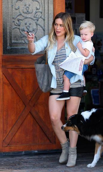 Após 3 anos, Hilary Duff termina o casamento com Mike Comrie