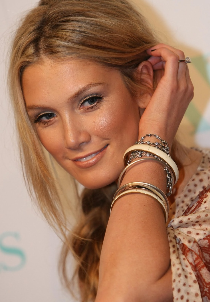 Delta Goodrem: She is great; can act, sing, play the piano and think on her feet. Go girl