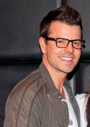 Jordan Knight! Yum! And we share a birthday!