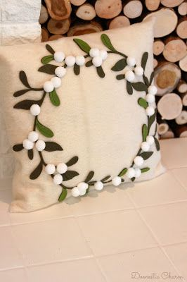DIY Felt Christmas Pillow - Domestic Charm