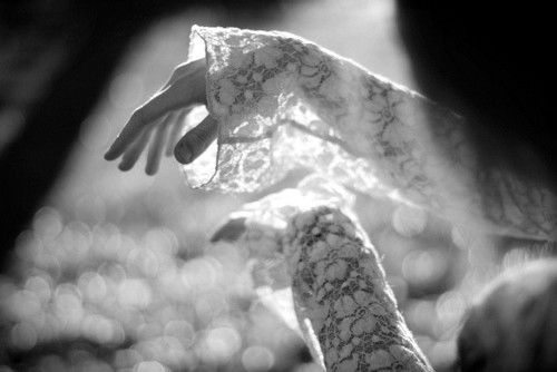 Swirling in Grace sheCapture Sunlight, Ein Handvol, Inspiration, Handvol Lebendigkeit, Hands, Lacey Sleeve, Dance Concept, Bookmarks Pictures, Photography