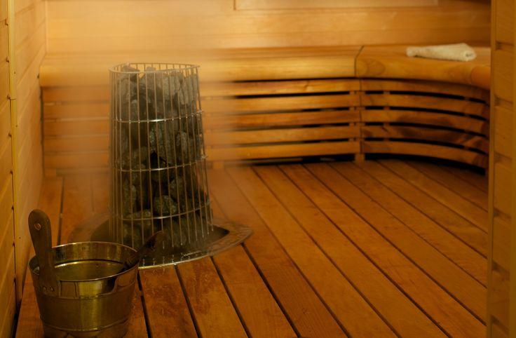 Încă nu te-ai hotărât ce să alegi între o saună tradițională și o saună cu infraroșu? Vezi aici câteva diferențe importante între cele două! #saune #saunetradiționale http://bit.ly/2m1YX1U
