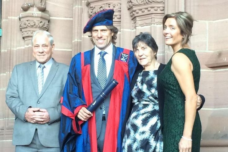 Interview and article in the Liverpool Echo with Honorary Fellow John Bishop