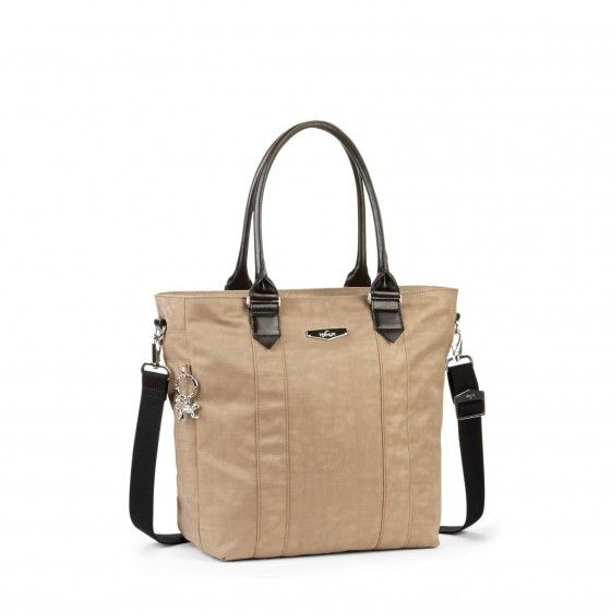 Be effortlessly chic with the Kipling handbag Marleigh, practical and  sophisticated.