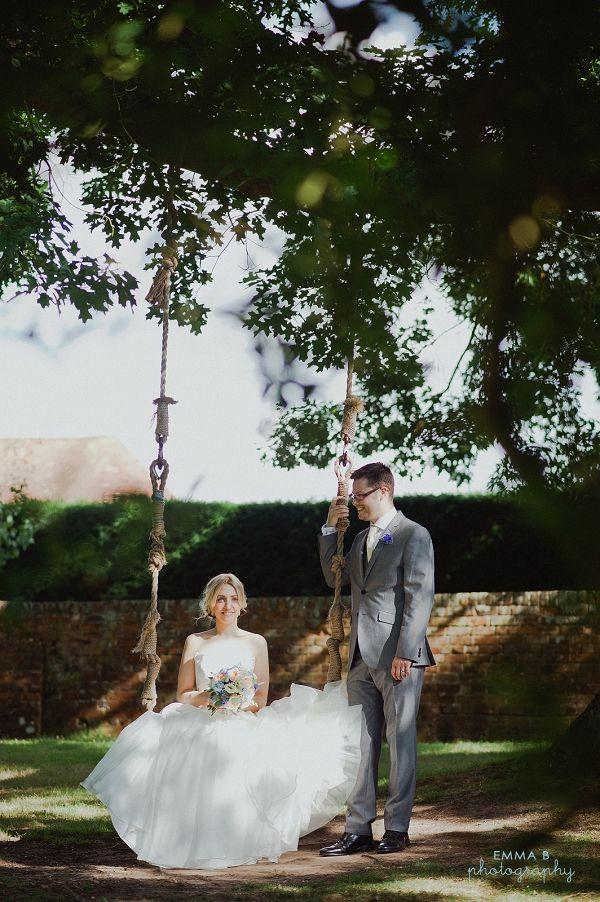 A popular wedding photo shot at Ufton Court.