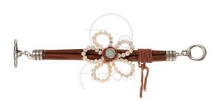 İncili deri bileklik / Leather bracelet with pearls