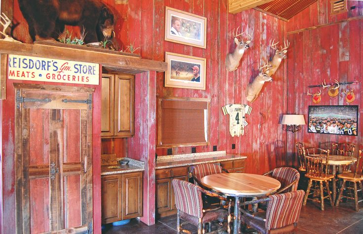 Hunting shack remodel barn wood on walls custom barn for Hunting shack designs