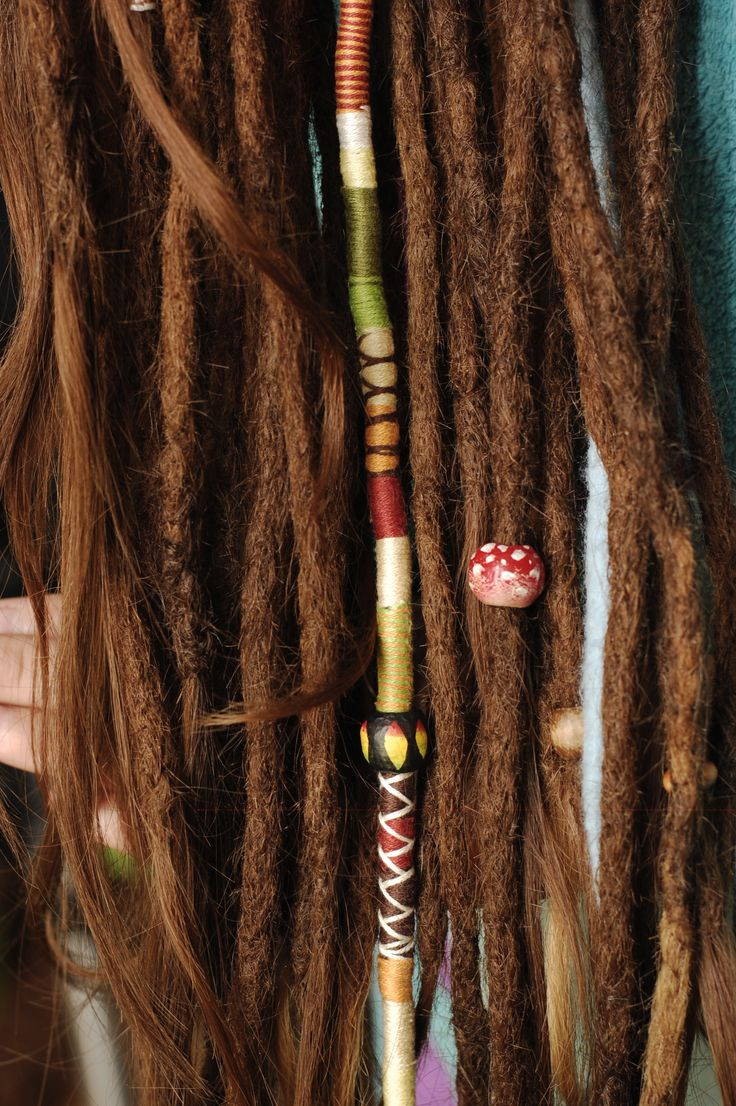 Wrapped threads rasta hair extension by AmeliDreads