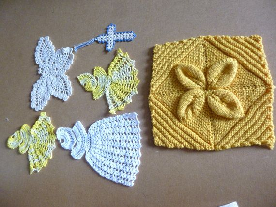 Collection of vintage crochet pieces medallions varigated