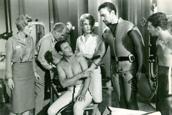Sci-What? The 5 Worst Science Fiction Movies  - PopularMechanics.com