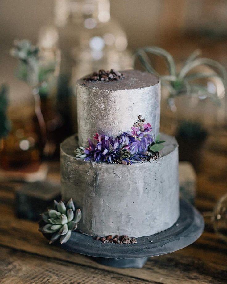 """51 kedvelés, 3 hozzászólás – Fanni Bisztriczky (@bfanni) Instagram-hozzászólása: """"#fogócska #loveproject #cake #cakestagram #weddingcake #industrial #concrete #concretejungle…"""""""