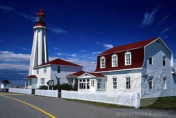 Canada, Quebec Province, Bas Saint Laurent Region, Rimouski, Pointe aux Peres Lighthouse shelters Maritime Museum (1792-90224 / HEM201546 © Hemis.fr)