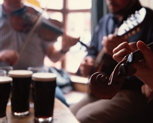 Celtic music and good beer mmm My heart longs for Ireland<3