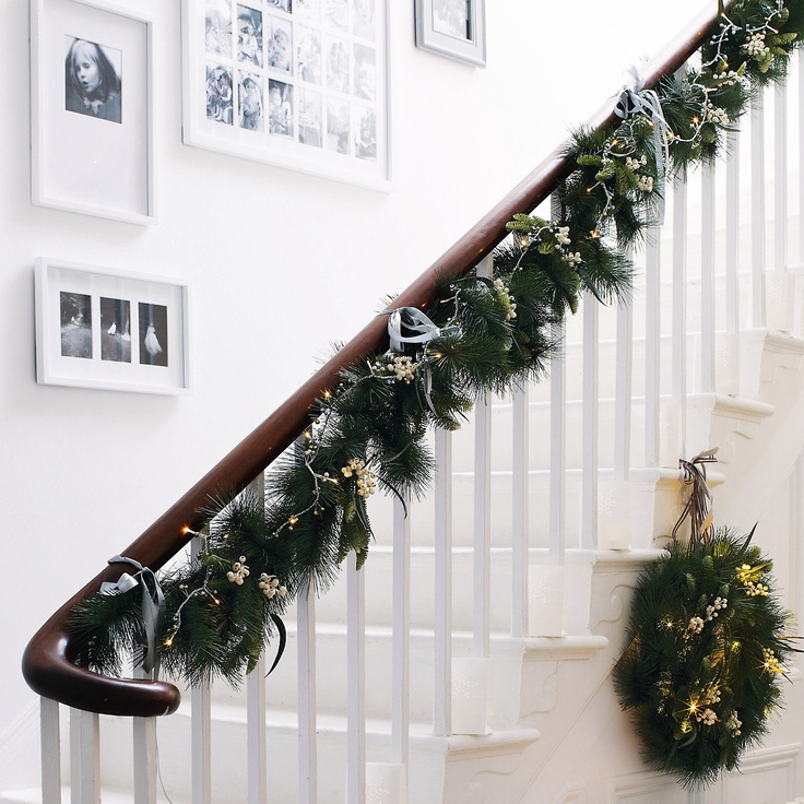 24 best images about stair garlands on pinterest - Christmas decorations for stair rail ...