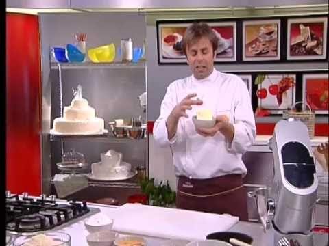 ▶ Torta caprese di Luca Montersino - YouTube
