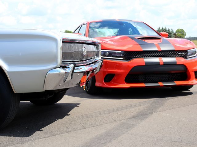 Photos: Dodge Charger SRT Hellcat with a 707-hp engine