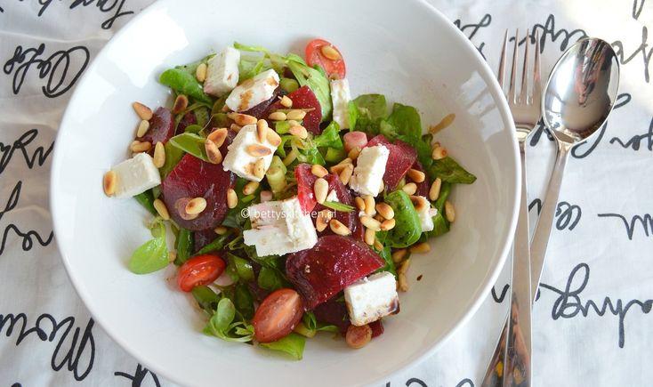 Rode bietjes salade met feta - Betty's Kitchen