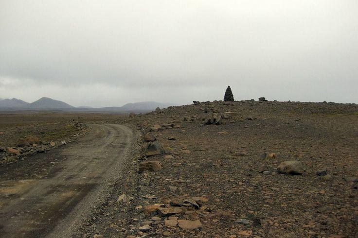 road F35 through Kjalhraun