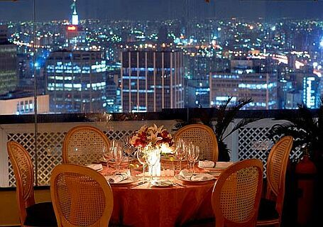 Edifício Itália (São Paulo, 1965) - Restaurante Terraço Itália / Adolf Franz Heep
