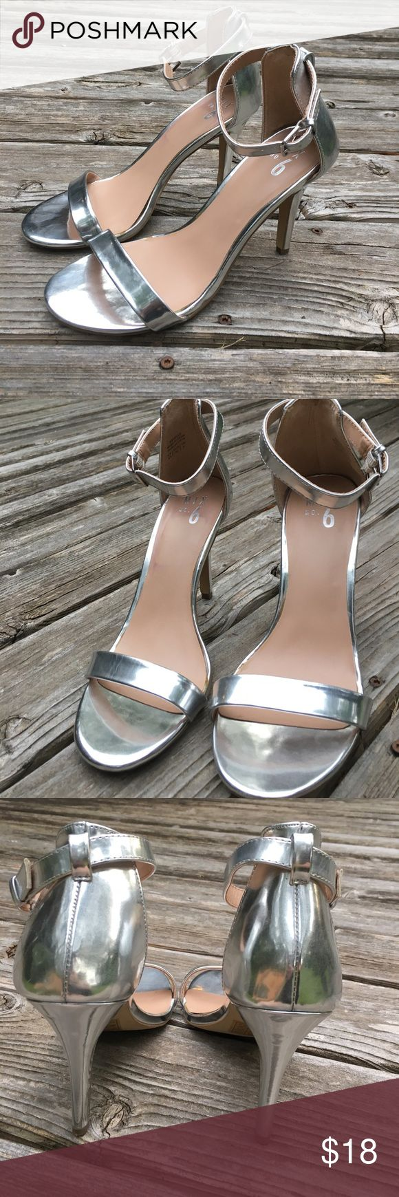 """Silver Heels 4"""" These are absolutely beautiful silver heels, perfect for any glam occasion. I am reposhing these with much sadness, as they are just too small for my 9.5 feet  in perfect condition, barely look worn. PRICE FIRM on these. Mix No. 6 Shoes Heels"""