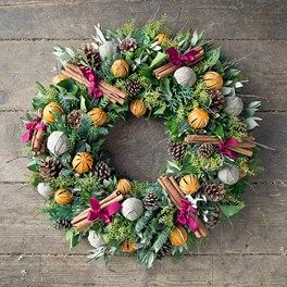 15 Wonderful Wreaths