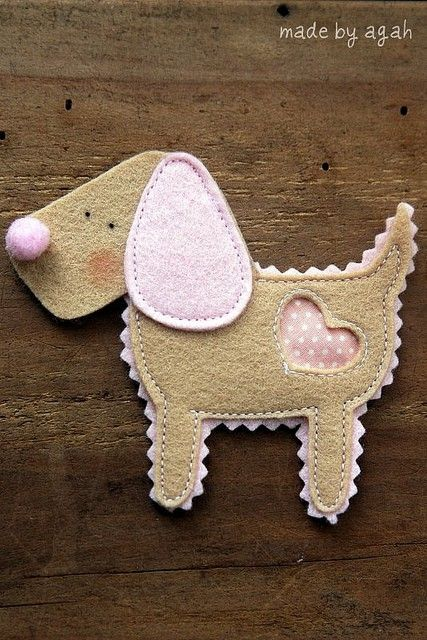 Perrito de fieltro - felt dog
