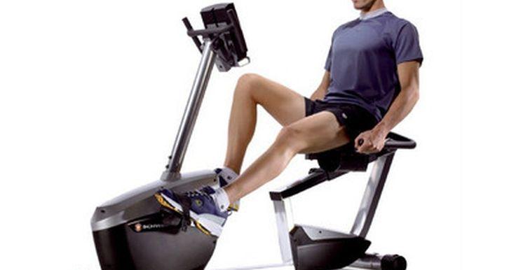 Por quanto tempo é preciso se exercitar em uma bicicleta ergométrica?. Há diferentes motivos para usar uma bicicleta ergométrica. Um deles é que ela pode oferecer bons exercícios cardiovasculares. Outras vezes, ela pode ser usada durante uma reabilitação de uma lesão ou cirurgia, no joelho ou no quadril, por exemplo. Os motivos pelos quais uma bicicleta ergométrica é usada e os objetivos pessoais do usuário ...