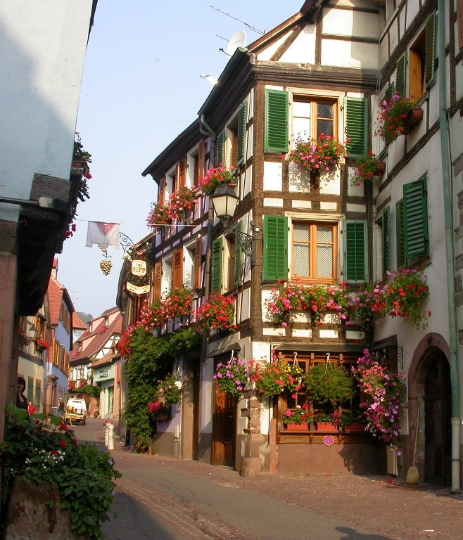 Ribeauville alsace france f rgrika - Piscine mairie des lilas ...