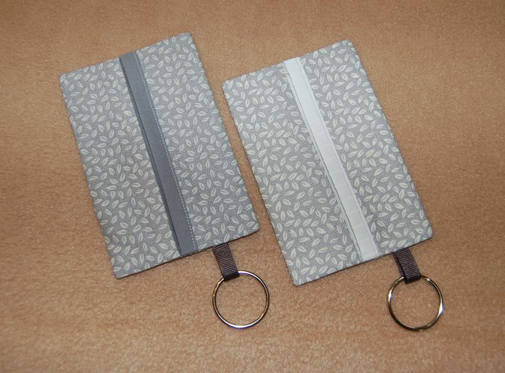 Gray and white tissue covers with trim and keyring; set of 2; 1.2.18