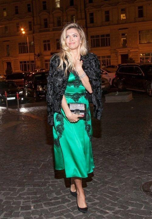Шелковое платье зеленого цвета в стиле Dolce & Gabbana