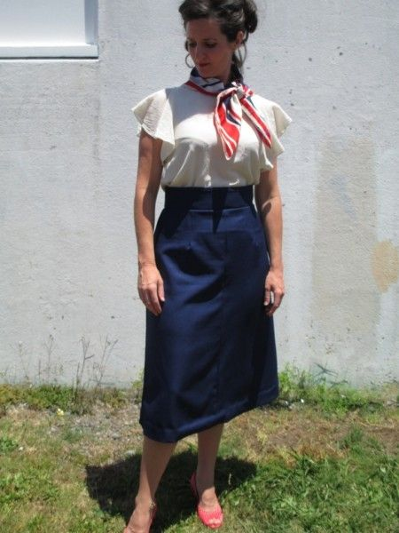 Such a lovely nautical outfit for #vintagepledge